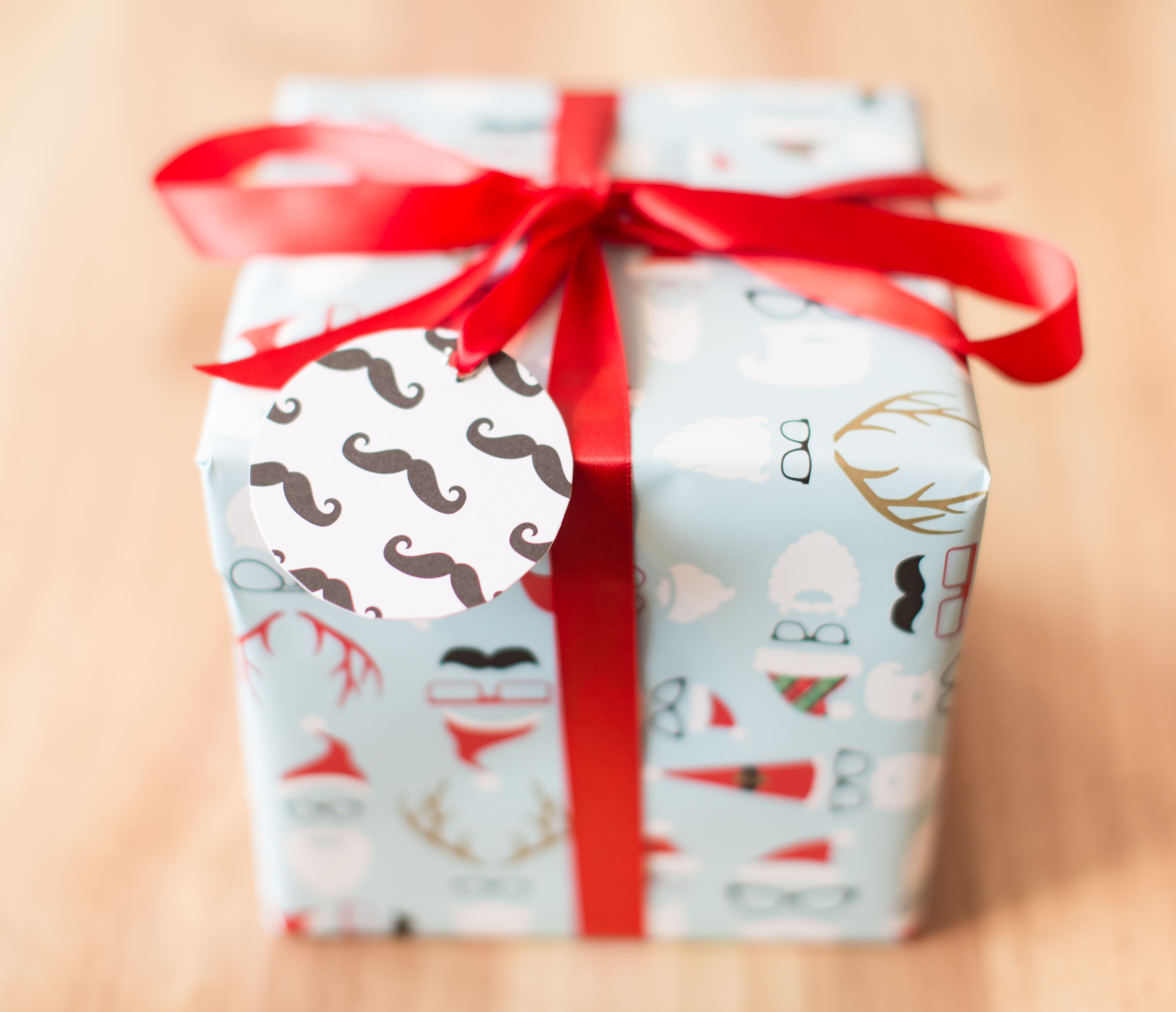 New wrapped gift boxes bathvs bee autiful box made for those who love all things honey we had this wrapping paper printed just for our bee boxes so the presentation is super unique negle Image collections
